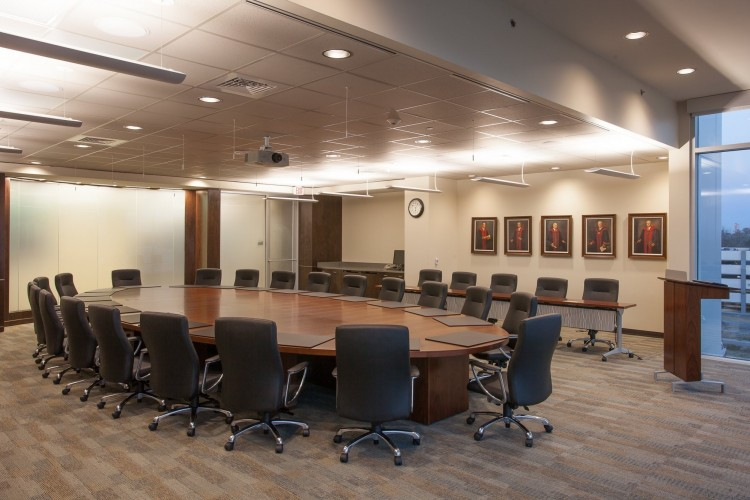 Ochsner Gayle and Tom Benson Cancer Center meeting room